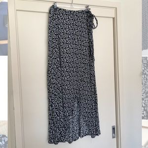 COTTON ON Floral Navy 'wrap' Maxi Skirt, Viscose